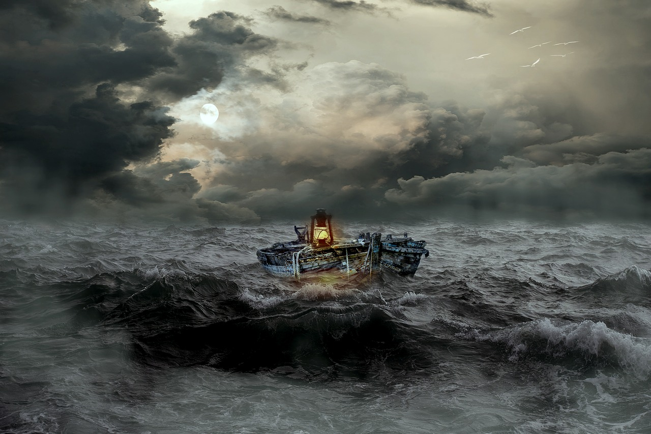 Nelayan Cilacap Lakukan Prosesi Sedekah Laut
